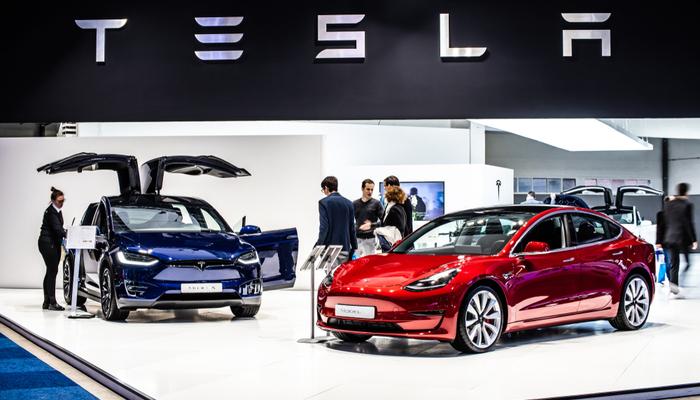 Tesla decided on a 5-1 stock split