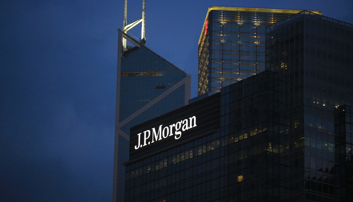 JPMorgan Chase fined with almost $1 billion